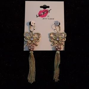 Betsey Johnson Dangling Bow Earrings 💫 NEW